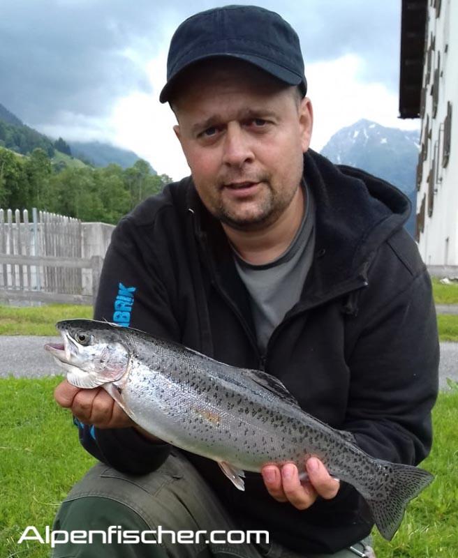 Fischen, Regenbogenforelle, Alpenfischer